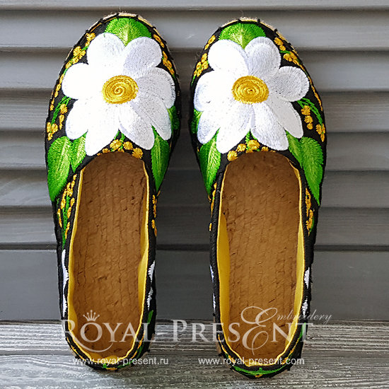 Daisies Espadrilles Machine Embroidery Pattern - 4 sizes RPE-1372