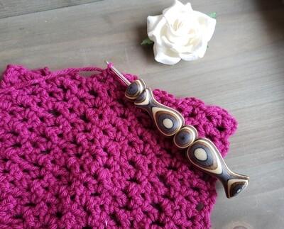 Violet Crochet Hook