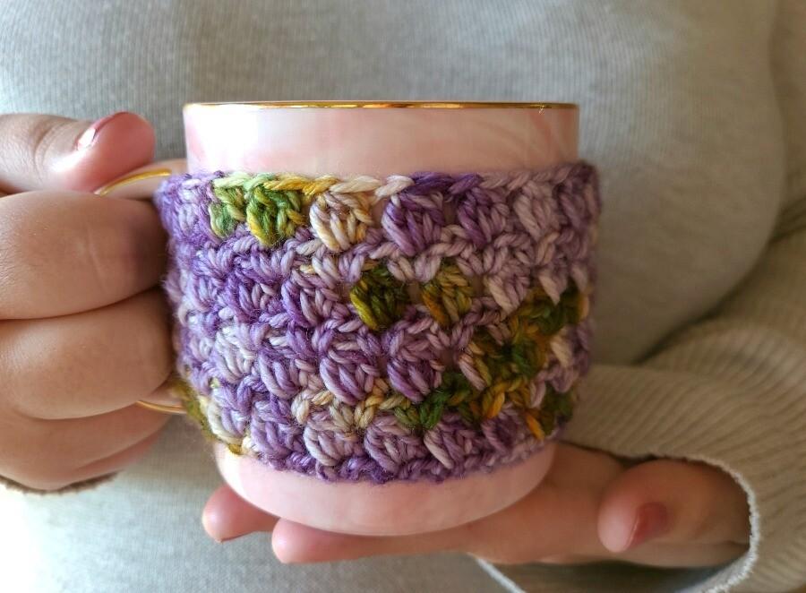 Blooming Flowers Coffee Cozy Crochet Pattern