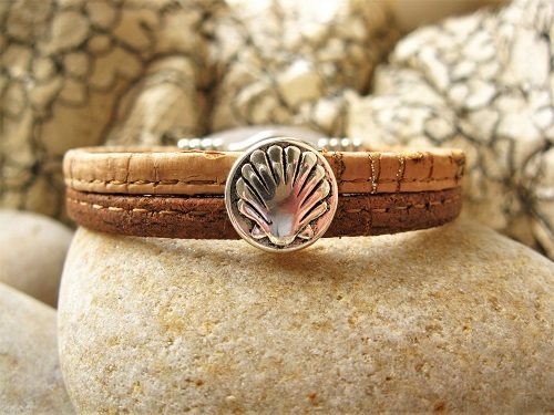 Camino jewellery safe travel bracelet - two-tone cork and shell MBC01903