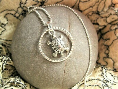 Lucky turtle necklace ~ in silver ring