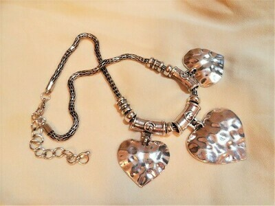 Chunky trio of hearts necklace