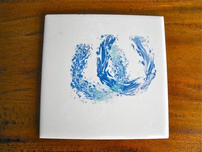 Lucky horseshoe tile coaster ~ ocean