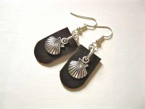 Dark burgundy leather Camino earrings