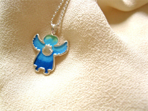 Angelito necklace - little guardian angel, with scallop shell ATA01184