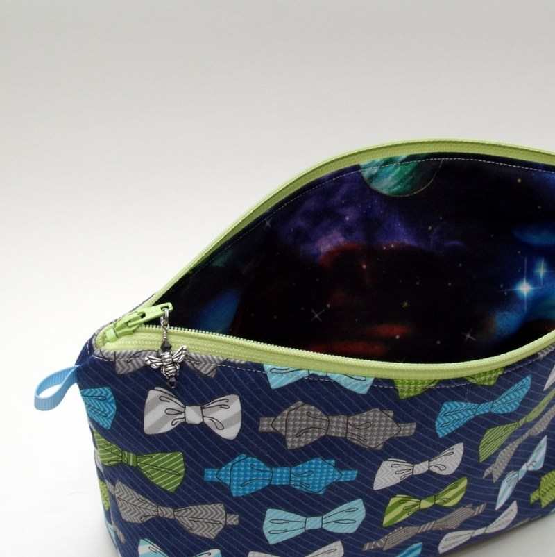 Whovian - Bow Ties Are Cool - Regular Wedge Bag