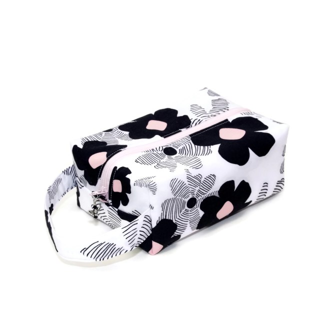 Blush & Black Floral - Regular Box Blush&Black-RB