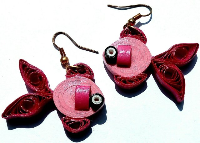 Stylish and trendy quilled paper earrings TCERDSGN001