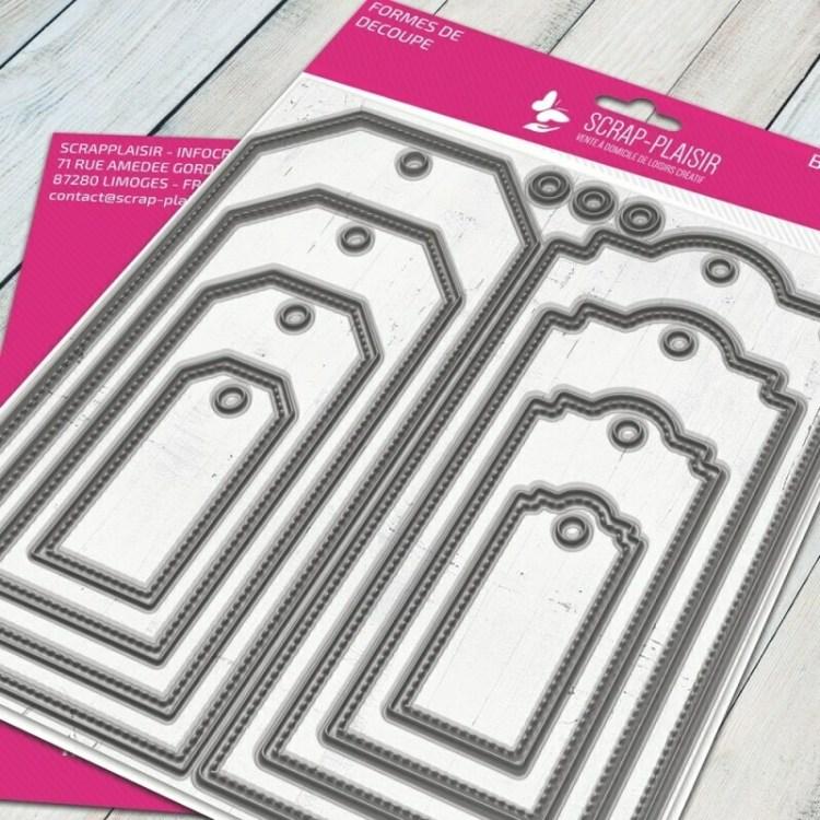 Set de 8 matrices de découpes dies dies tags + fausse couture             - 14,5x14,5cm
