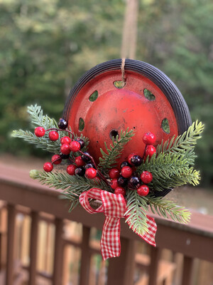 Rustic Christmas Wreath, Repurposed Wagon Wheel