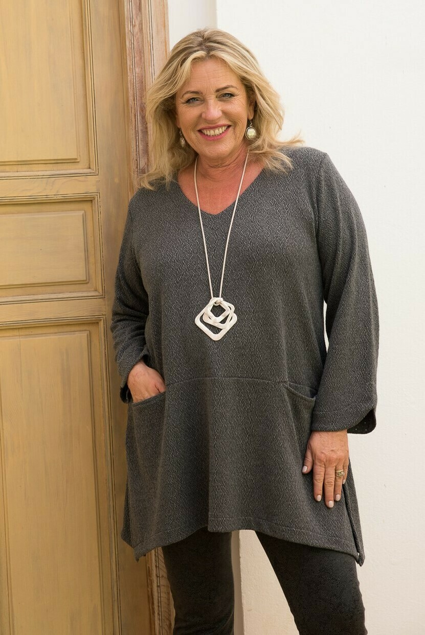 Tyrana - Grey Jersey Top