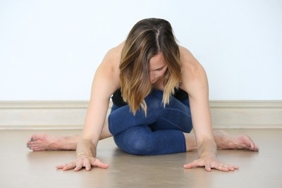 ASANA: Shoelace, Square + Saddle