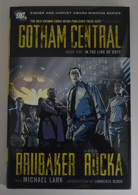 Gotham Central VOL 1 HC