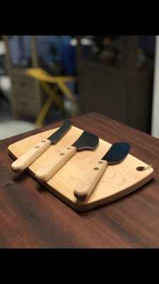 Cutting Board And Cheese Knives Set