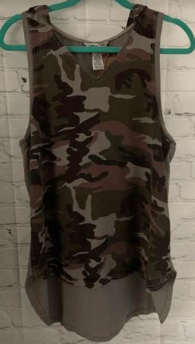 Hard Tail hooded tank