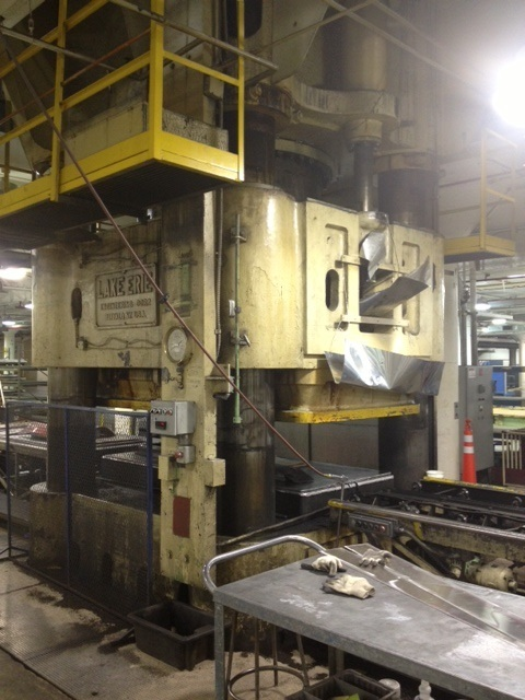 1 – USED 5000 TON LAKE ERIE DOWN ACTING HYDRAULIC PRESS