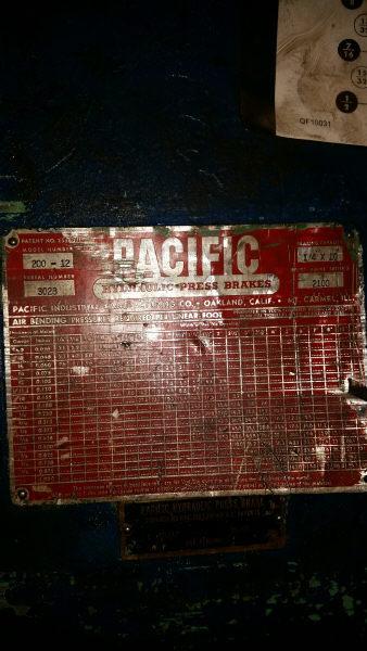 "1 - USED 10' X ¼"" PACIFIC 200 TON HYDRAULIC PRESS BRAKE"