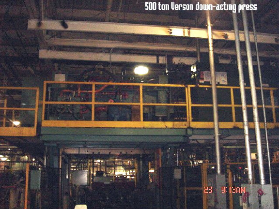 1 – USED 500 TON VERSON HYDRAULIC DOWN MOVING STEEL 4-POST FRAME PRESS