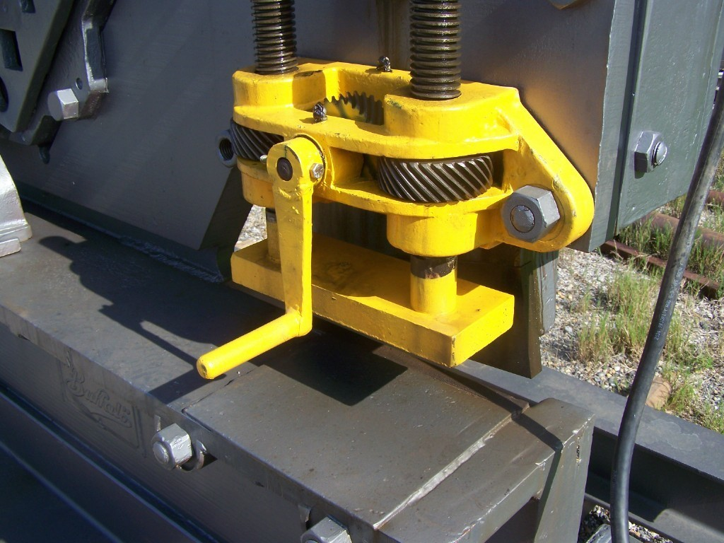"1 – USED 6"" X 6"" X ¾"" BUFFALO MECHANICAL IRON WORKER"