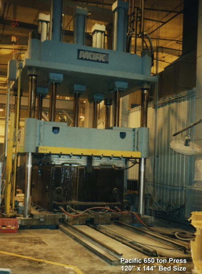 1 - USED 1100 TON PACIFIC 4-POST DOWN ACTING HYDRAULIC PRESS