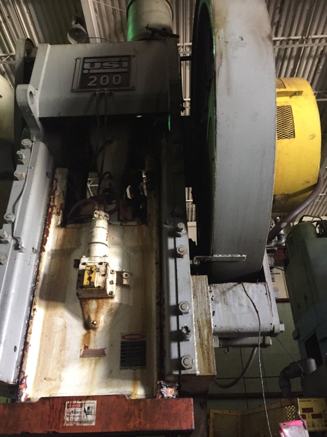 1 – USED 200 TON CLEARING ALL STEEL OBI PRESS
