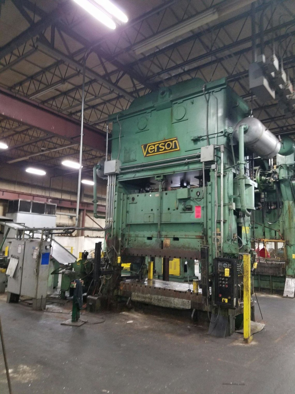1 – USED 500 TON VERSON ECCENTRIC DRIVE PRESS C-5192