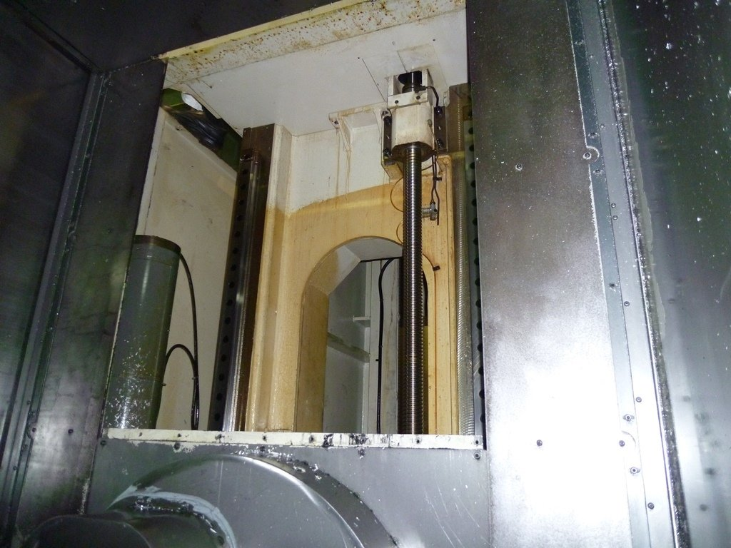 1 – USED SNK HPS120B-5 5-AXIS MACHINING CENTER