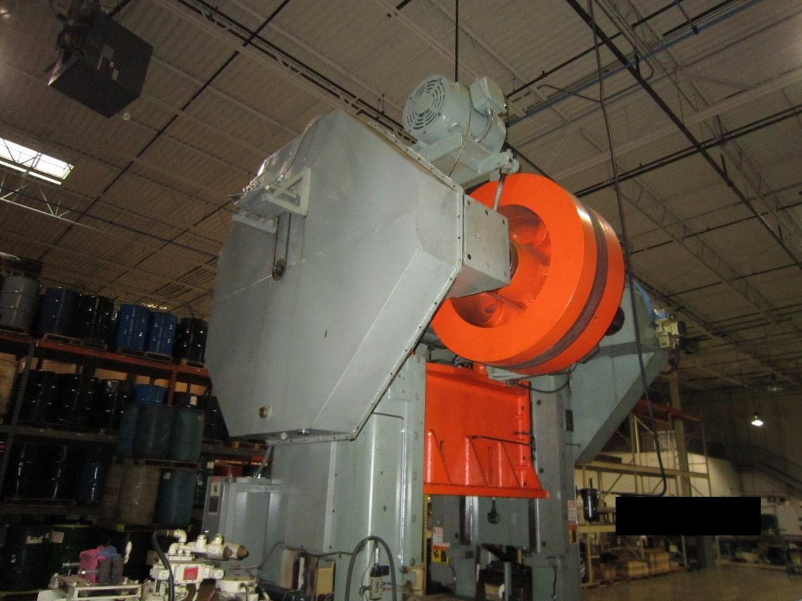 ​1 – USED 150 TON L&J SSDC PRODUCTION MASTER POWER PRESS