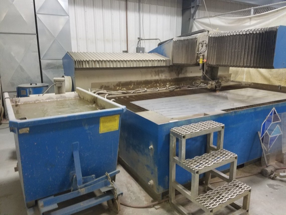 """1 – USED 6' 5"""" X 13' FLOW WATERJET CUTTING SYSTEM"""