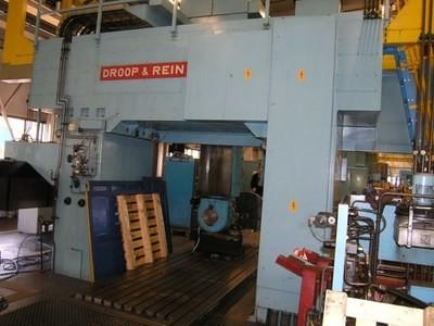 1 – USED DROOP & REIN CNC BRIDGE TYPE VMC