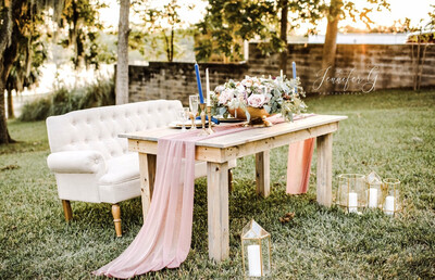 5ft Sweetheart Farmhouse Table
