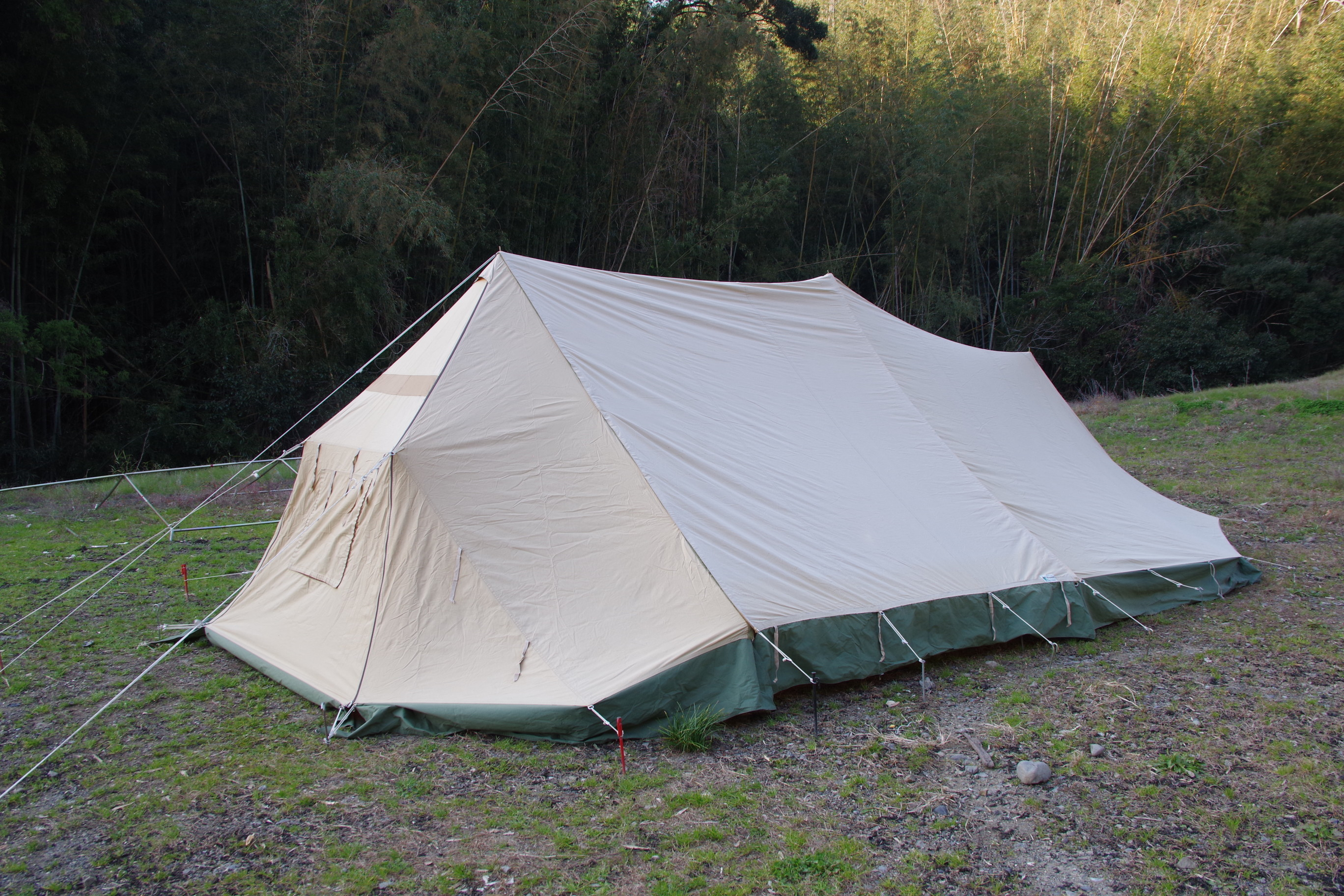 オランダ製 SLEE ユトレヒト 変形 ストームテント 3人用 00080