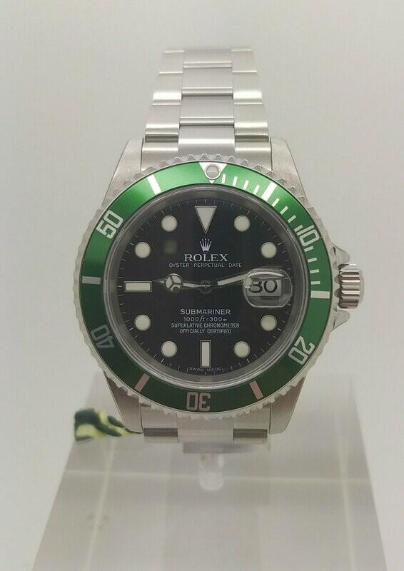 Rolex Submariner Date Ghiera Verde 16610LV NOS FULL SET
