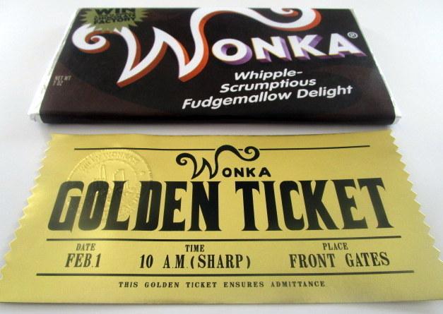 Modern Wonka Whipple Scrumptious Fudemallow Delight Bar & Golden Ticket