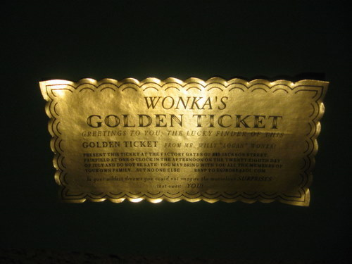 Classic Golden Ticket Customized elf1094