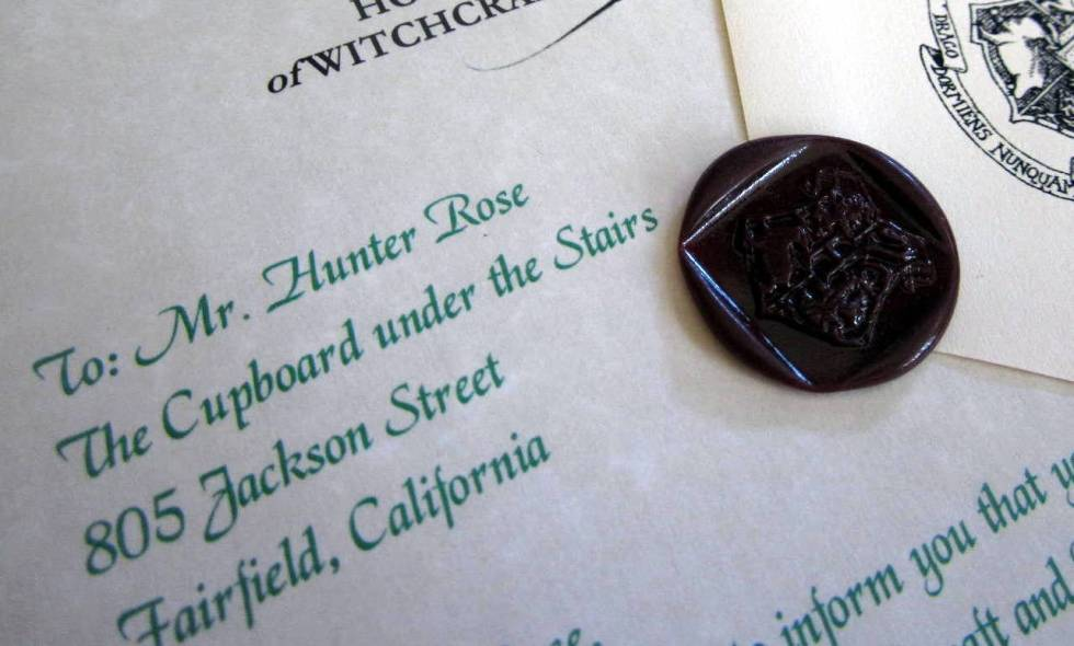 Book version letter and seal