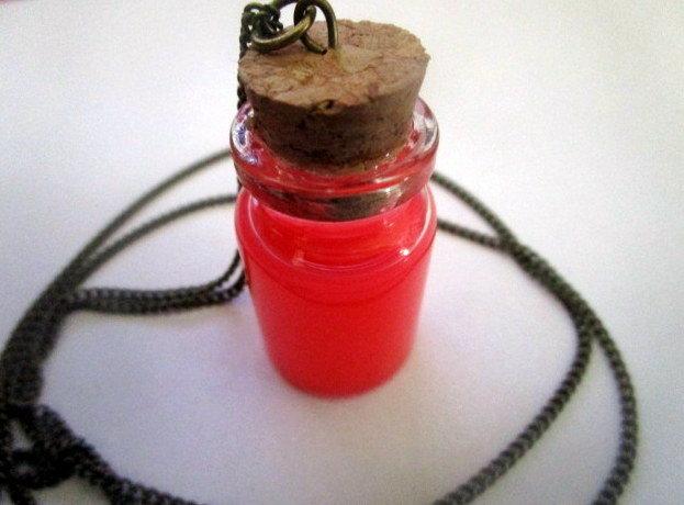 Magicians Bottled Emotions Necklace elf08973512