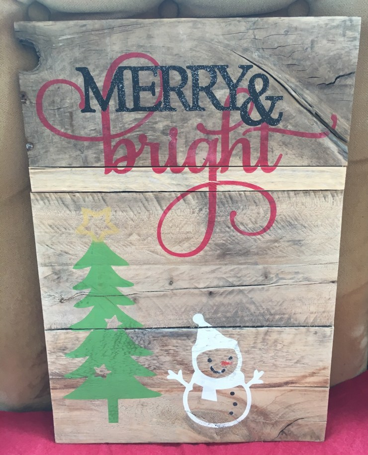 Pallet Sign - Merry & Bright C3