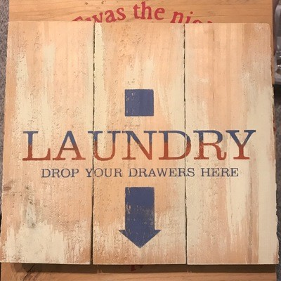 Pallet Sign Laundry