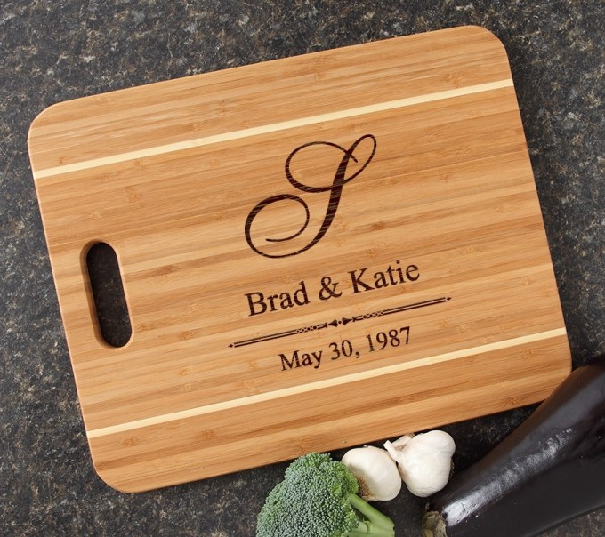 Personalized Cutting Board Engraved 15x12 Handle DESIGN 11 CBA-011