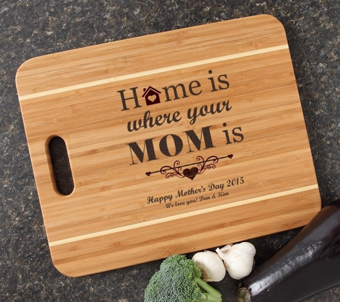 Personalized Cutting Board Engraved 15x12 Handle DESIGN 42 CBA-042