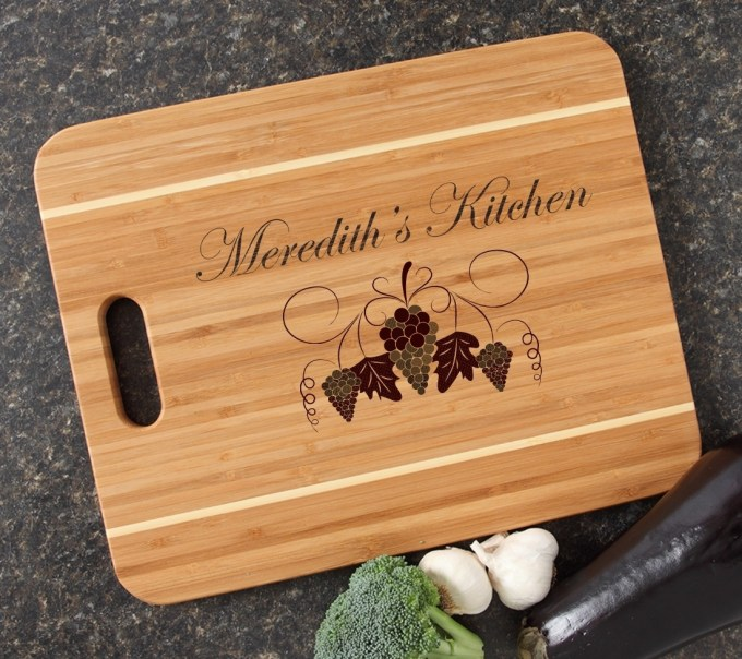 Personalized Cutting Board Engraved 15x12 Handle DESIGN 40 CBA-040