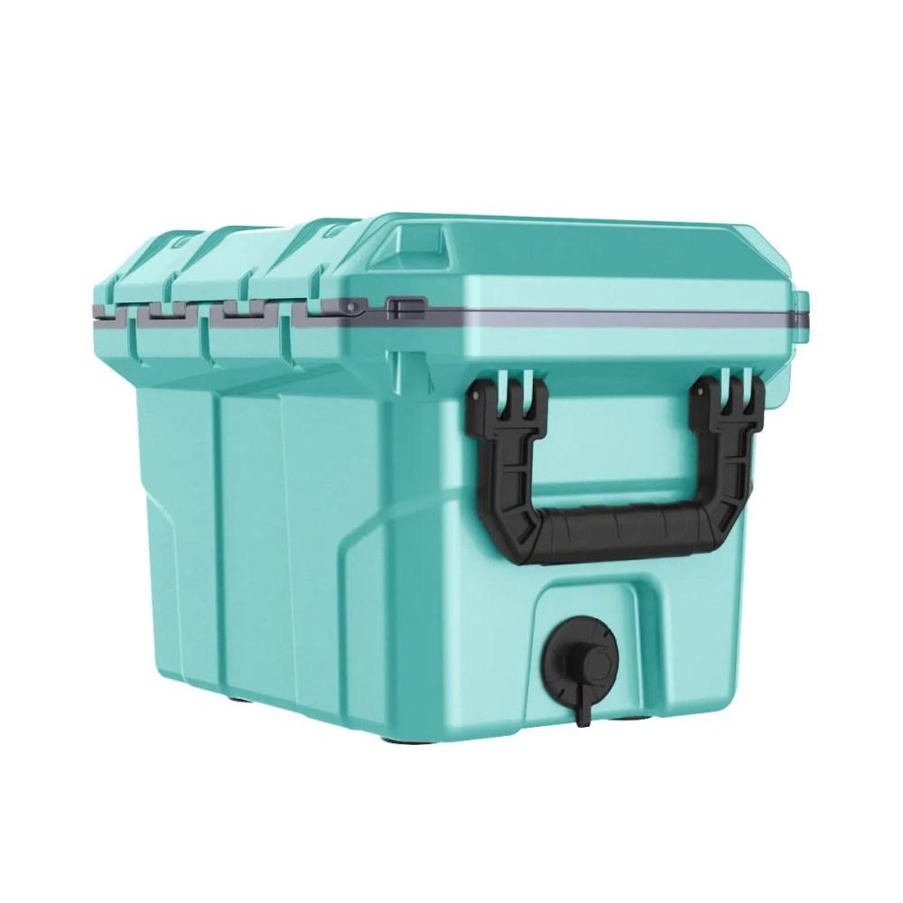 DCB 5764SF 30 QT Cooler 3