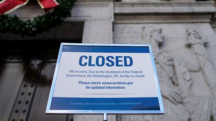 Cory Gardner US S enate  to  vote  on  completing  bills  aimed  at  ending  shutdown