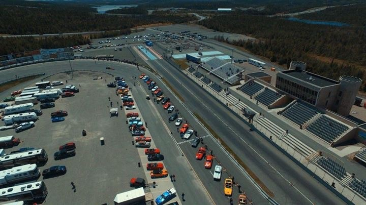 eastbound dragway track photo