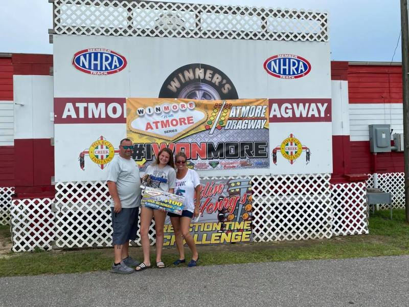 winmore with atmore 13 and up junior dragster runner up velicity morris
