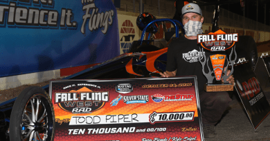 Todd Piper wins Fall Fling West Sunday