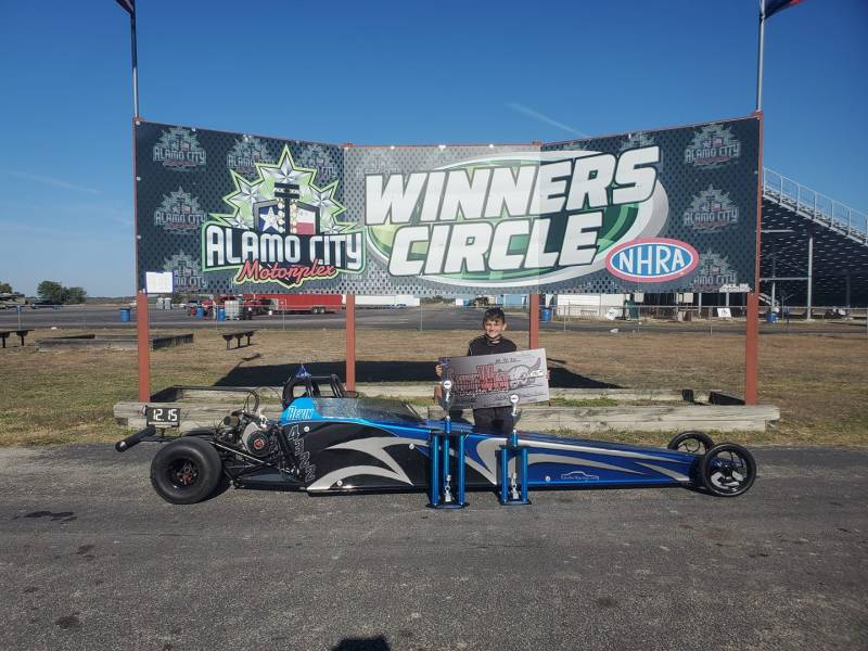 Revin Mosley winners circle