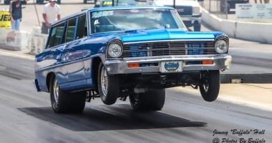 wagon at beech bend raceway photos by buffalo