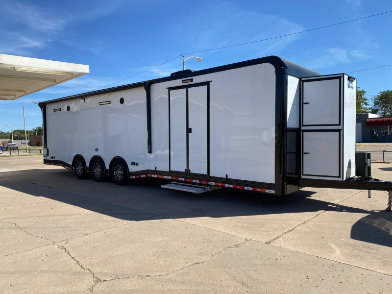 rm race trailers